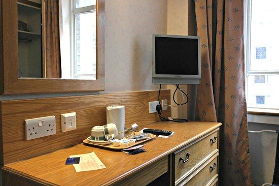 President Hotel: tocador