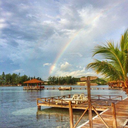 CoCo View Resort: All sunshine and rainbows