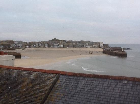 Trevose Harbour House : view from our window