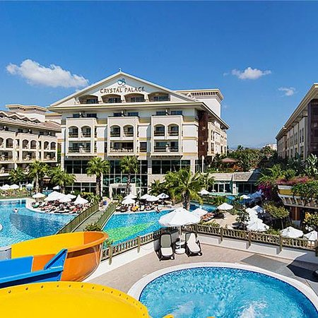 Crystal Palace Luxury Resort & Spa: Palace yeni