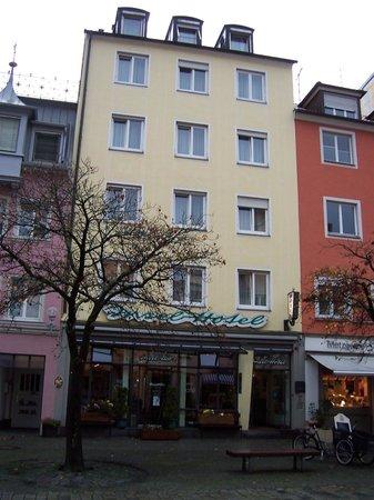 Insel-Hotel Lindau: İnsel Hotel--Lindau