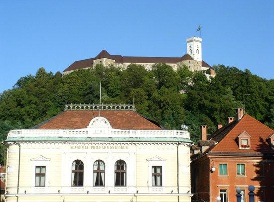 Slovenia Tours & Excursions Tour As: Slovene Philharmonic and Ljubljana Castle