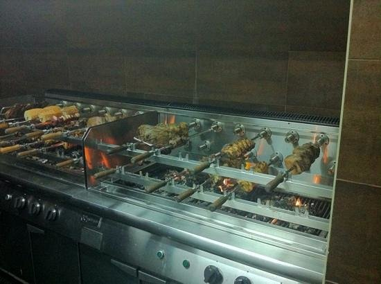 Fogueira Restaurant & Lounge : the wonderful meat cooking away