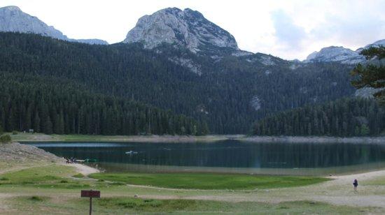 Crno Lake: Black Lake Crno Jezer