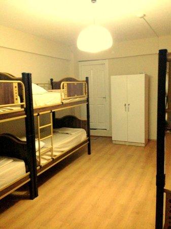 Starlet hostel: 6 beds