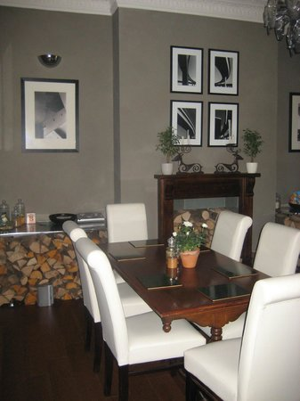 The Cloudesley : Dining Room