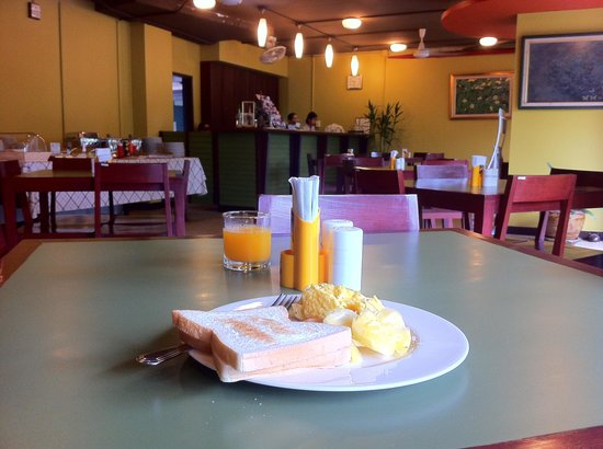 Boonsiri Place: breakfast
