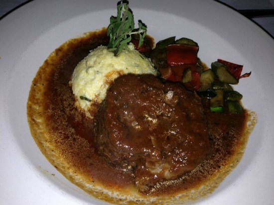 Barone's: Braised Short Ribs with soft polenta!