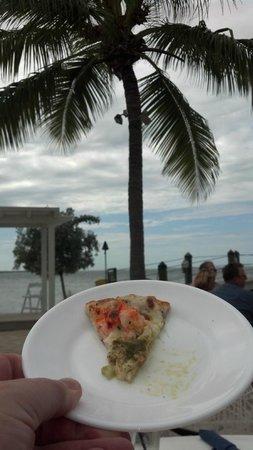 Marker 88 Restaurant : Lobster pizza