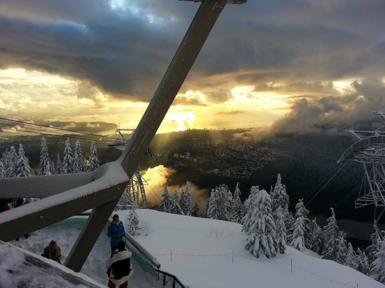 A View From The Grouse Mountain Restaurant In Dead Of Winter
