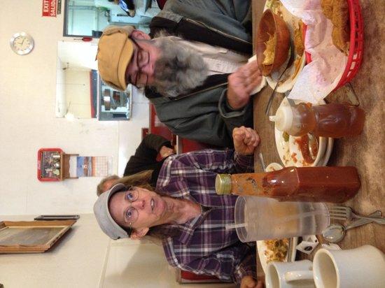 Nancy's Silver Cafe : Plenty of food