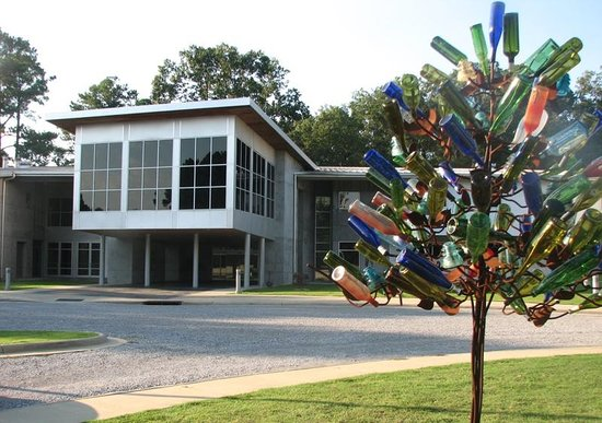 Mississippi Crafts Center: MS Craft Center