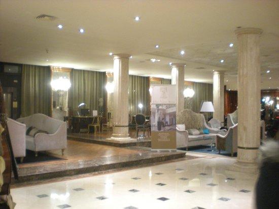 Hotel Leon D'Oro: hall