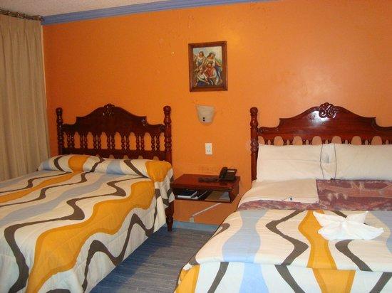 Hotel El Indio Inn: Habitacion doble