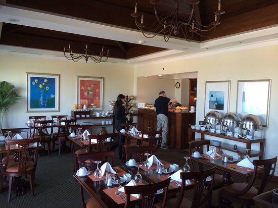 InterContinental Real Managua at Metrocentro Mall: Breakfast room on club level