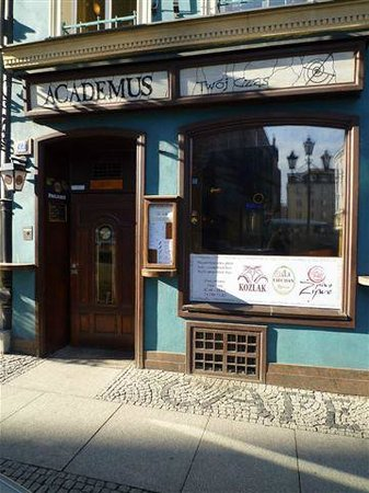 Academus Pub & Guest House: welcome