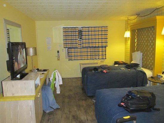 Farmer's Daughter Hotel: quarto