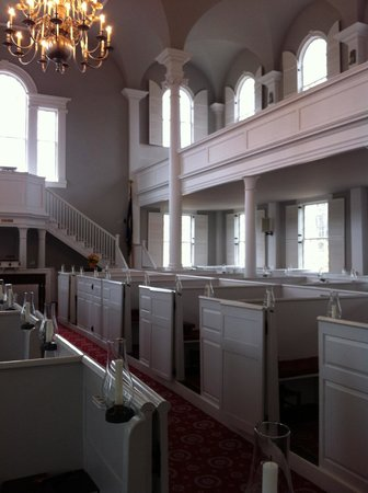 Old First Congregational Church : Inside