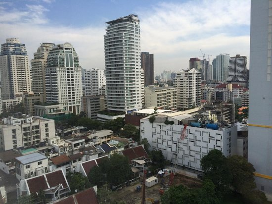 BelAire Bangkok : View from the room to the left