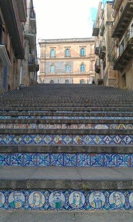 Staircase of Santa Maria del Monte: лестница Santa Maria del Monte, Кальтаджироне