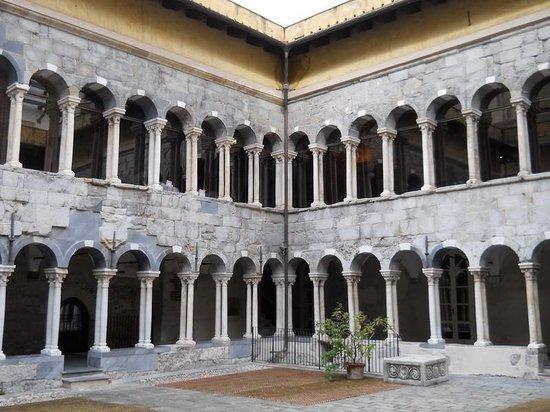 Museo Diocesano Chiostro dei Canonici di San Lorenzo : Il chiostro