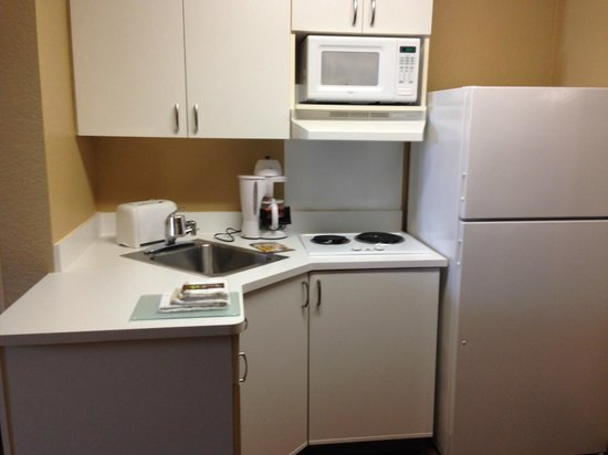 Extended Stay America - Miami - Airport - Doral - 87th Avenue South: Cozinha equipada