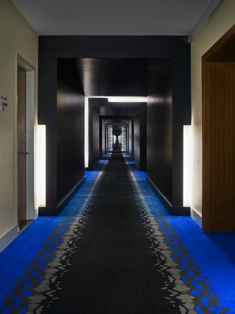 W Dallas Victory Hotel Guest Floor Corridors Living Room Bar