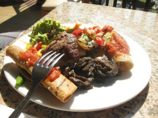 Hotel Riu Santa Fe : Lunch buffet