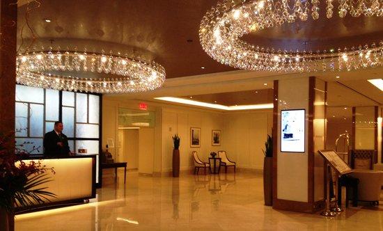 The Langham, Boston: Lobby