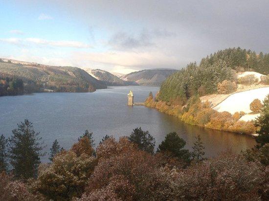 Lake Vyrnwy Hotel & Spa : a snowy outlook
