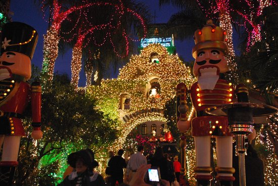 Christmas lights - Picture of Mission Inn Museum, Riverside ...