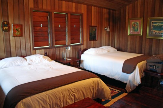 Windy Hill Resort: Inside of our room. Loved it in there!!!