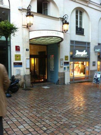 Hôtel Nantes Centre Passage Pommeraye : entrée de l'hotel