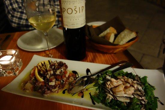 Dalmatino Konoba: Superb octopus salad (left) with sardines and shrimp (right)