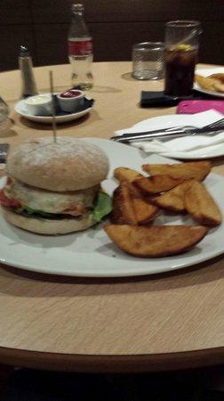 Hilton Dublin Kilmainham: Poor portion size