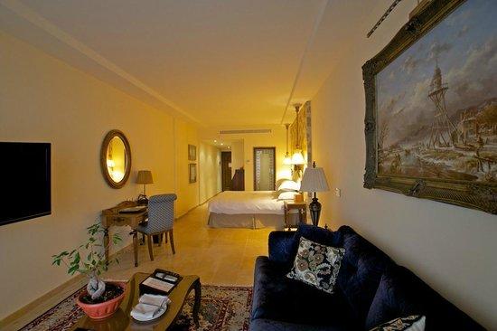 Byblos Sur Mer: excellent room