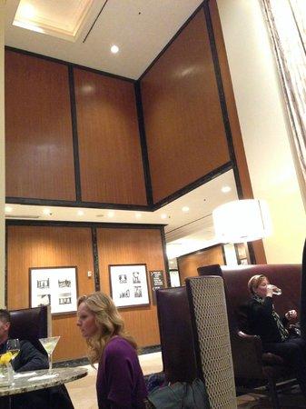 The Westin St. Francis San Francisco on Union Square: Lobby looks like 1980s