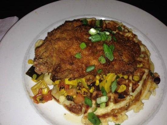 Byers Street Bistro: Chicken & Waffles