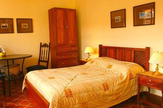 Habitacion Simple, Hostal Macondo, Cuenca, Ecuador