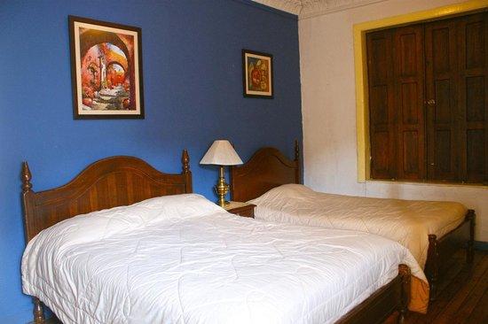 Habitacion Doble Suite, Hostal Macondo, Cuenca, Ecuador