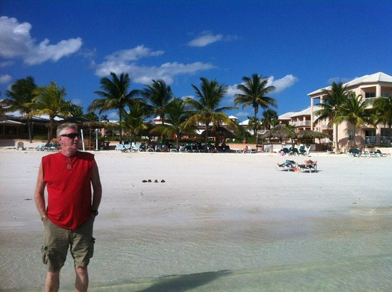 Island Seas Resort: This is the resort in the background behind Pops...
