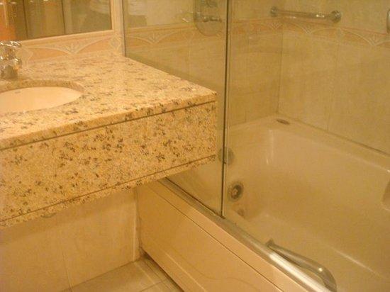 Vila Gale Salvador : Banheiro