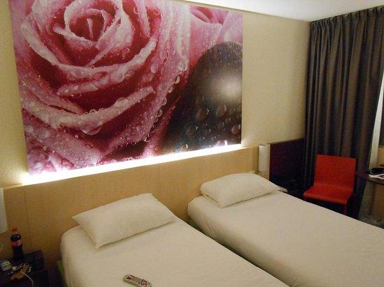 Hotel ibis Styles Paris Roissy Cdg : pokój