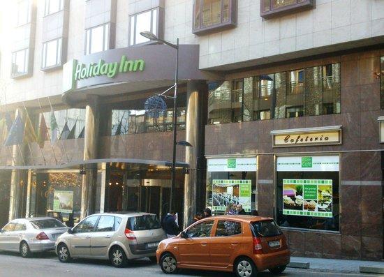 Holiday Inn Andorra: Fachada Hotel