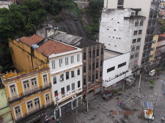 Hotel Puma : Vista da fachada, tirada do M.A.R.