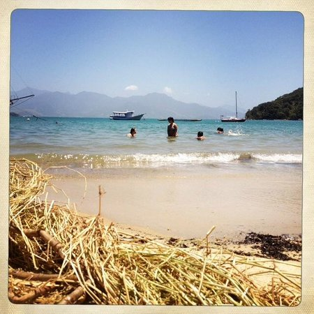 Pousada Tagomago Beach Lodge: Praia Julia (beach nearby)