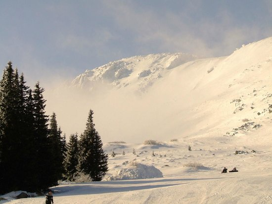 Vitosha Mountain: The Wall skiing area