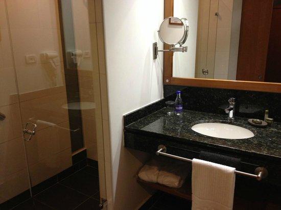 Habitel Hotel: ducha boa, e wc separado