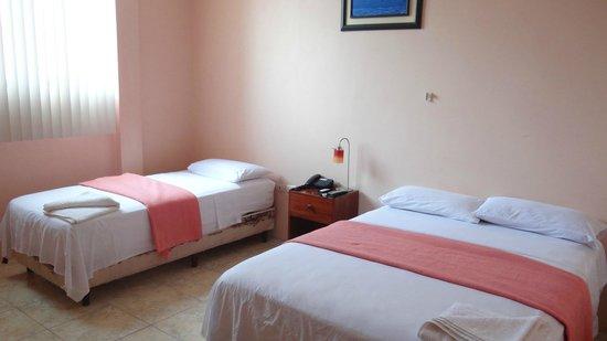 Hostal La Posada de José Carlos: Triple Room