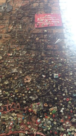 Bubblegum Alley: The sign on the wall